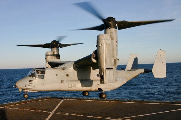 US_Navy_120209-N-RE822-273_An_Osprey_makes_a_historic_first_landing_ce
